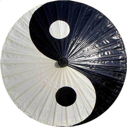 Yin and Yang :: Fashion Umbrellas