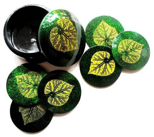 Green Round Leaf Coaster Set :: Asian Cups and Bowls