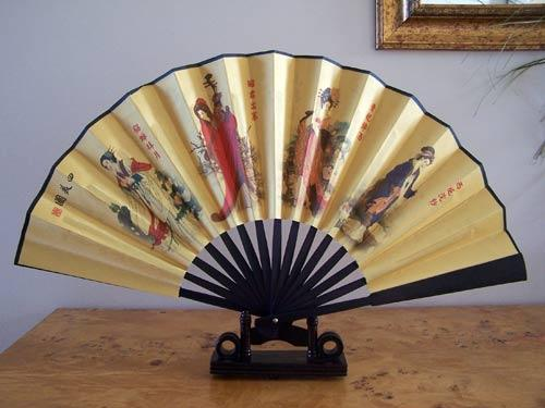 Famous Four Muses :: Table Display Fans