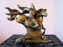 Charging General on Horse :: Resin Statues