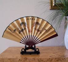 Small Pearl Dragons :: Small Display Fans