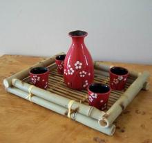 Eastern Red  Blossoms Sake Set :: Sake Sets