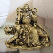 Kwan Kun Riding Fierce Tiger :: Resin Statues