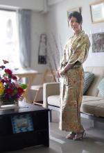 Gold Dragon Kimono Robe ::