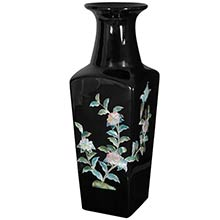 Black Square Vase :: Porcelain Vases