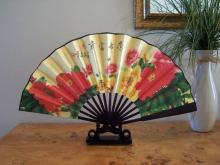 Red Field :: Table Display Fans
